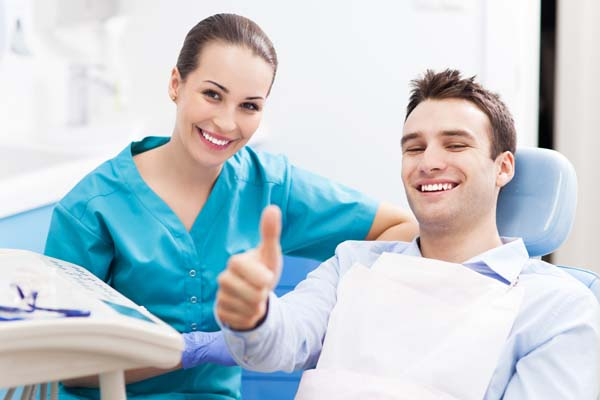 Mini Dental Implants: The Pros And Cons